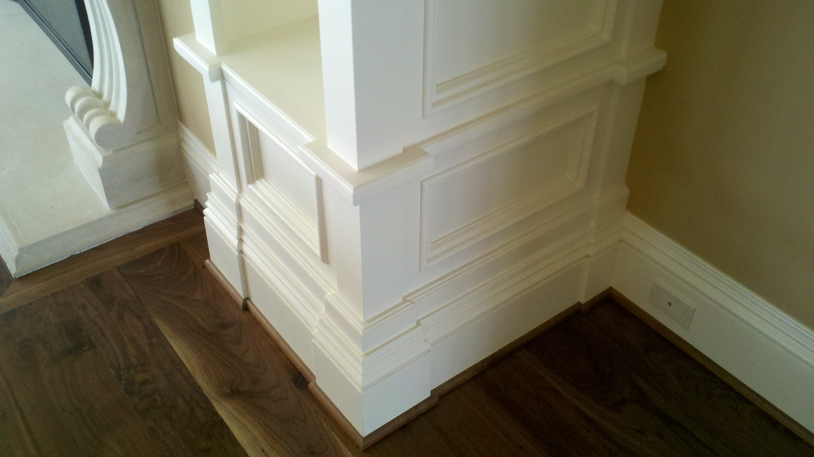 Molding and millwork home with molding and millwork for Miterless crown moulding